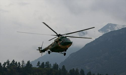 China's air force sends 3 helicopters to Nepal for quake relief