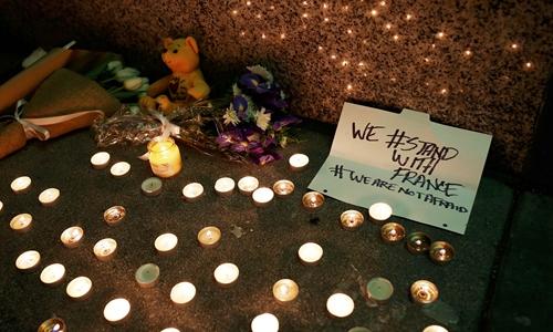 World mourns victims of Paris terrorism attacks