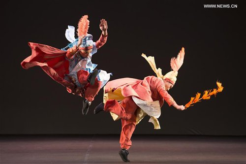 Peking Opera actors perform during the play Don Quixote, Errant Knigh in Guanajuato, Mexico, on Oct. 17, 2016. Peking Opera performers from China's Guizhou Province present a play based on the most famous work of Spanish writer Miguel de Cervantes Saavedra on Monday during the 44th International Cervantino Festival.(Xinhua/Leopoldo Smith Murill)