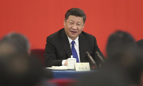 Xi vows to continue to serve as people's servant