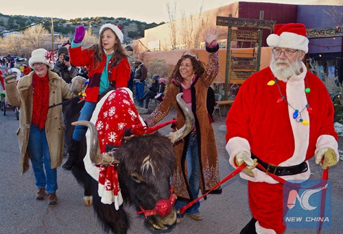 Feature: Christmas parade in New Mexico ghost town