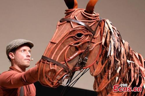 International stage show War Horse visits Hong Kong