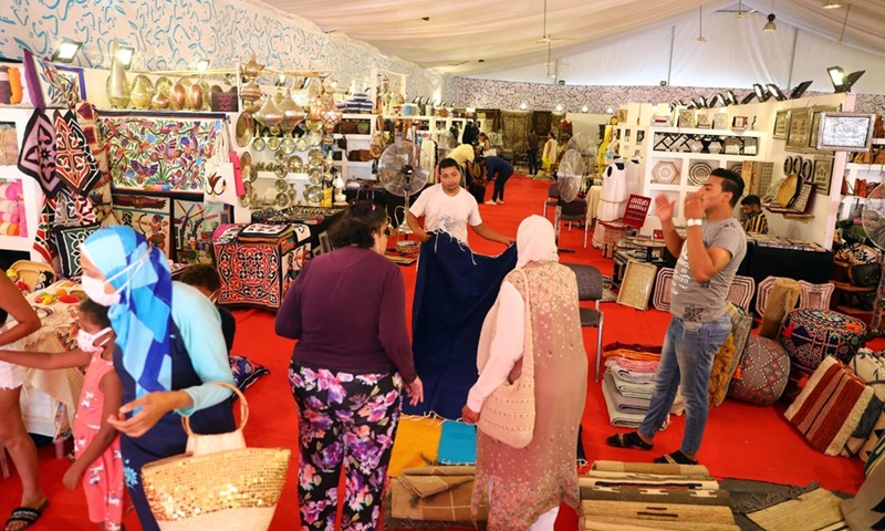 People visit an annual exhibition for handicrafts in the resort city of New Alamein, Matrouh province, Egypt, on July 28, 2021. (Photo: Xinhua)