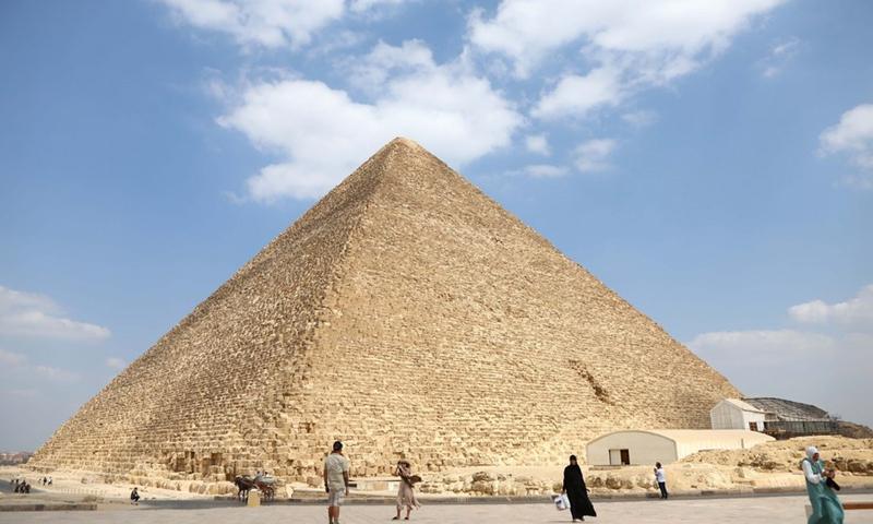Tourists visit the Pyramids of Giza, Egypt, on Sept. 27, 2021.(Photo: Xinhua)