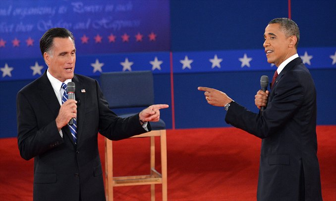 US President Barack Obama and Republican Presidential nominee Mitt Romney debate on Tuesday at Hofstra University in New York. Photo: AFP