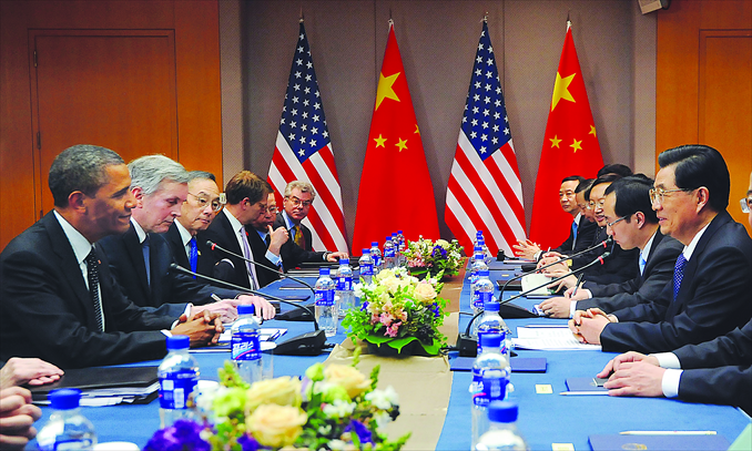 President Hu Jintao and US President Barack Obama hold a bilateral meeting yesterday on the sidelines of the 2012 Seoul Nuclear Security Summit. Photo: AFP