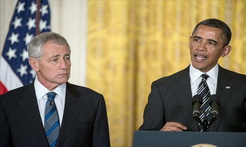 US President Barack Obama announces his nomination for Defense Secretary, Chuck Hagel (left) during an event in the East Room of the White House on January 7, 2013 in Washington, DC.  Photo: AFP