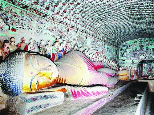 An inside view of a cave of the Mogao Grottoes in Dunhuang, Gansu Province Photo: IC