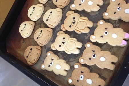 Biscuits and cakes are decorated with cartoon images at the Rilakkuma Bakery. Photos: Courtesy of the bakery