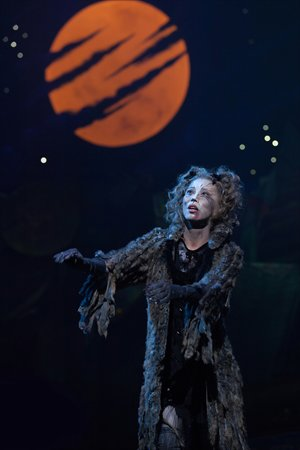 Grizabella's ballad remains a show-stopper in any language. Photo: Courtesy of United Asia Live Entertainment