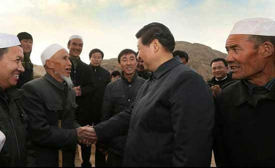 General Secretary of the CPC Central Committee Xi Jinping visited some poor villages in Gansu Province in northwest China on Sunday.Photo:CNTV.cn