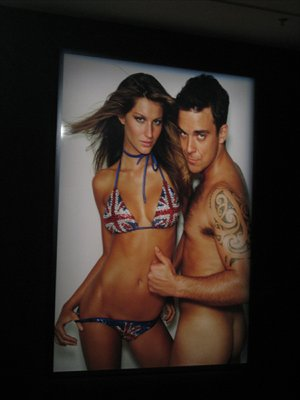 Gisele Bündchen and Robbie Williams appeared in a picture taken by Testino. Photo: Courtesy of Mario Testino