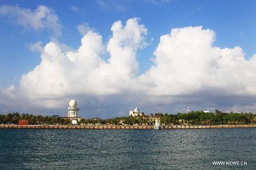 Photo taken on May 15, 2013 shows the scenery of Yongxing Island in Sansha City, south China's Hainan Province. (Xinhua/Zha Chunming)