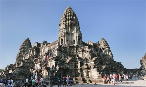 how to attract tourists to visit cambodia Racap series on culture and tourism in asia case study on the effects of tourism on travel agencies are active in phnom penh means that cambodia has great potential to attract tourists from all over the world.