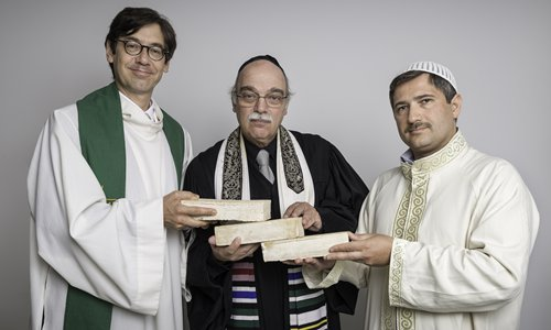 (From left) Pastor Gregor Hohberg, Rabbi Andreas Nachama and Imam Kadir Sanci are holding bricks together and hoping to present the House of One project in Berlin as a good example to present Christianity, Judaism and Muslim as partners. Photo: Courtesy of House of One