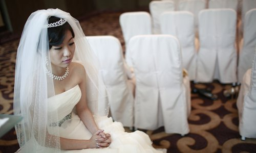 Experts say, the rising number of people choosing to remain single shows that the role marriage plays in people's life is changing. Photos: IC, Li Hao/GT
