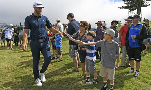 Johnson cruises to victory in Hawaii