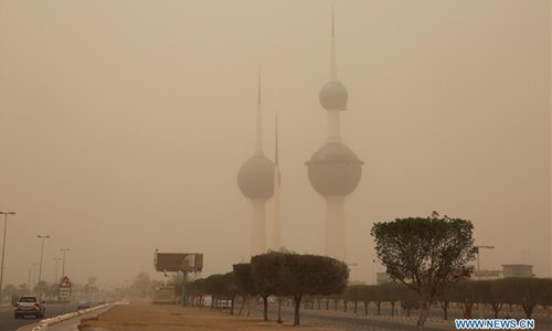 Buildings shrouded by sandstorm in Kuwait - Global Times