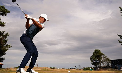 Jordan Spieth eyes wide Open