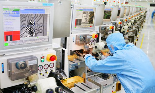 Japan-S.Korea spat may be boon for Chinese chipmakers