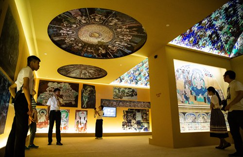 Exhibition showcases the Silk Road's impact on cultural diversity in Xinjiang Uyghur Autonomous Region