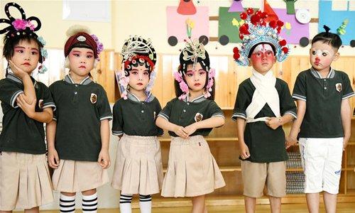 Kids dressed up to perform local opera in kindergarten in N China's Hebei
