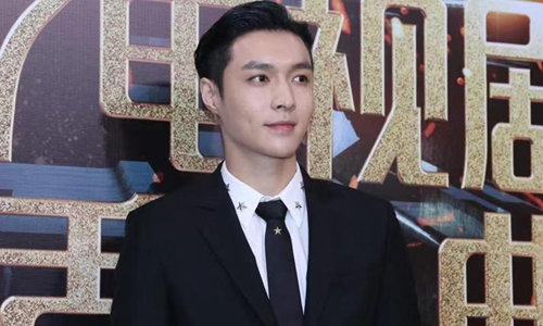 Lay Zhang's mobile variety show demonstrates the potential of portrait-mode-only programming