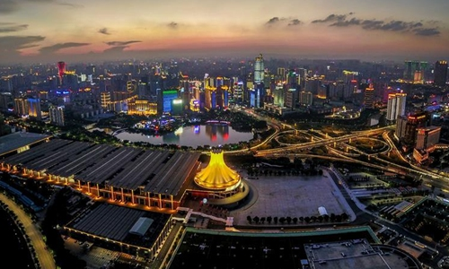 China sprints to meet 2020 urbanization goal