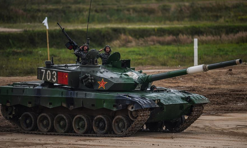 Chinese team takes part in the tank biathlon's singles during the International Army Games 2020 in a suburb of Moscow, Russia, Aug. 30, 2020. (Xinhua/Tian Dingyu)