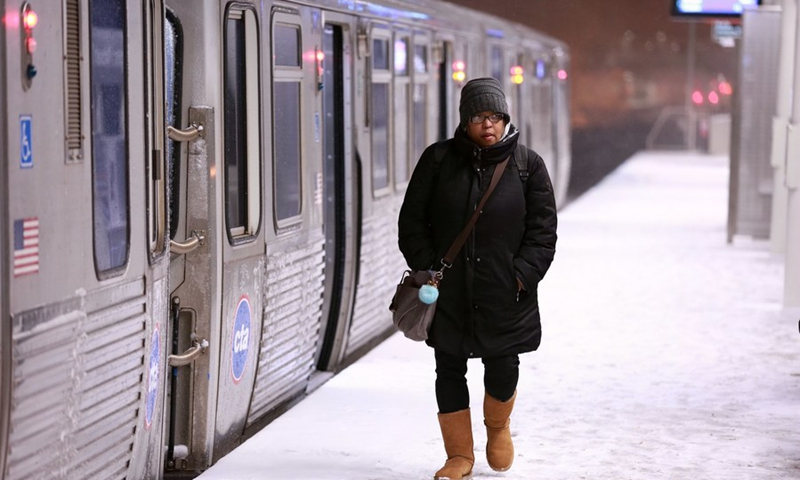 A woman walks at a platform of a subway station in Chicago, the United States, Jan. 17, 2020.(Photo: Xinhua)