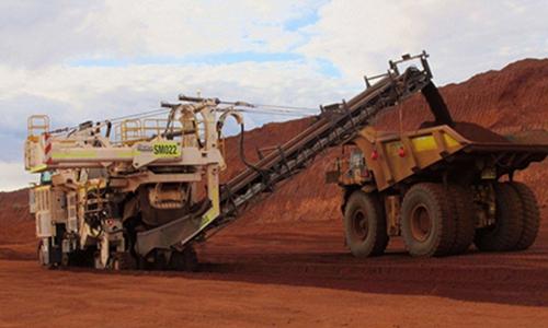 An iron ore mining site in Australia Photo: cnsphotos