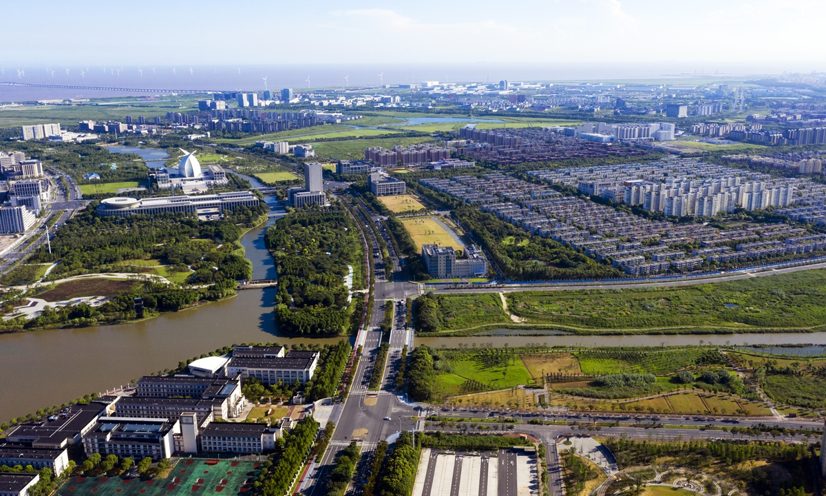 An aerial view of Lingang New Area in Shanghai's Pilot Free Trade Zone. As of November 30, 2020, there were 1,573 foreign-funded enterprises in Lingang. Among them, from August 20, 2019 year to the end of November 2020, a total of 515 foreign-funded enterprises were established with registered capital of over $9 billion. Photo: cnsphoto