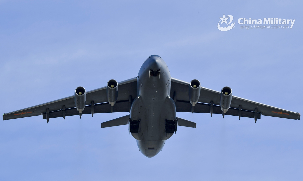 A Y-20 large transport aircraft attached to an aviation division under the PLA Western Theater Command flies at a predetermined altitude during a flight training mission on January 4, 2021. (eng.chianmil.com.cn/Photo by Liu Shu)