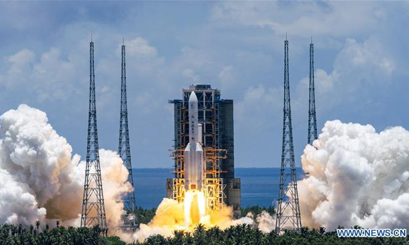 A Mars probe is launched on a Long March-5 rocket from the Wenchang Spacecraft Launch Site in south China's Hainan Province, July 23, 2020.(Photo: Xinhua)