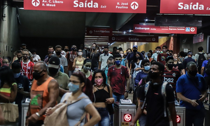 People wearing face masks are seen at a subway station in Sao Paulo, Brazil, Jan. 28, 2021.(Photo: Xinhua)