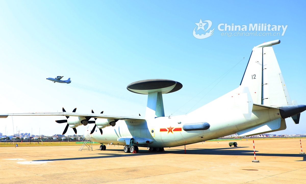 A KJ-500 airborne early warning (AEW) aircraft attached to a naval aviation division under the PLA Eastern Theater Command gets ready for a flight training exercise on subjects including reconnaissance and early warning, anti-submarine tactics, etc. on February 20, 2021.Photo:China Military