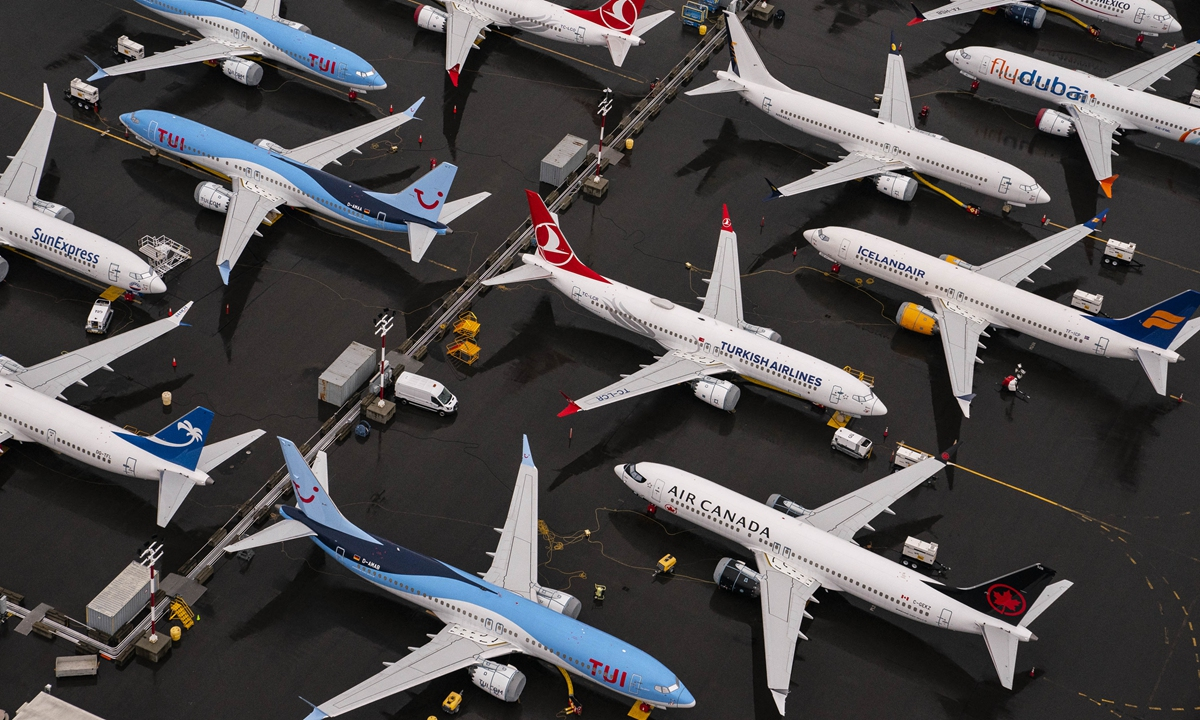 Boeing 737 Max airplanes sit parked at the company's production facility on November 18, 2020 in Renton, Washington. Photo: VCG