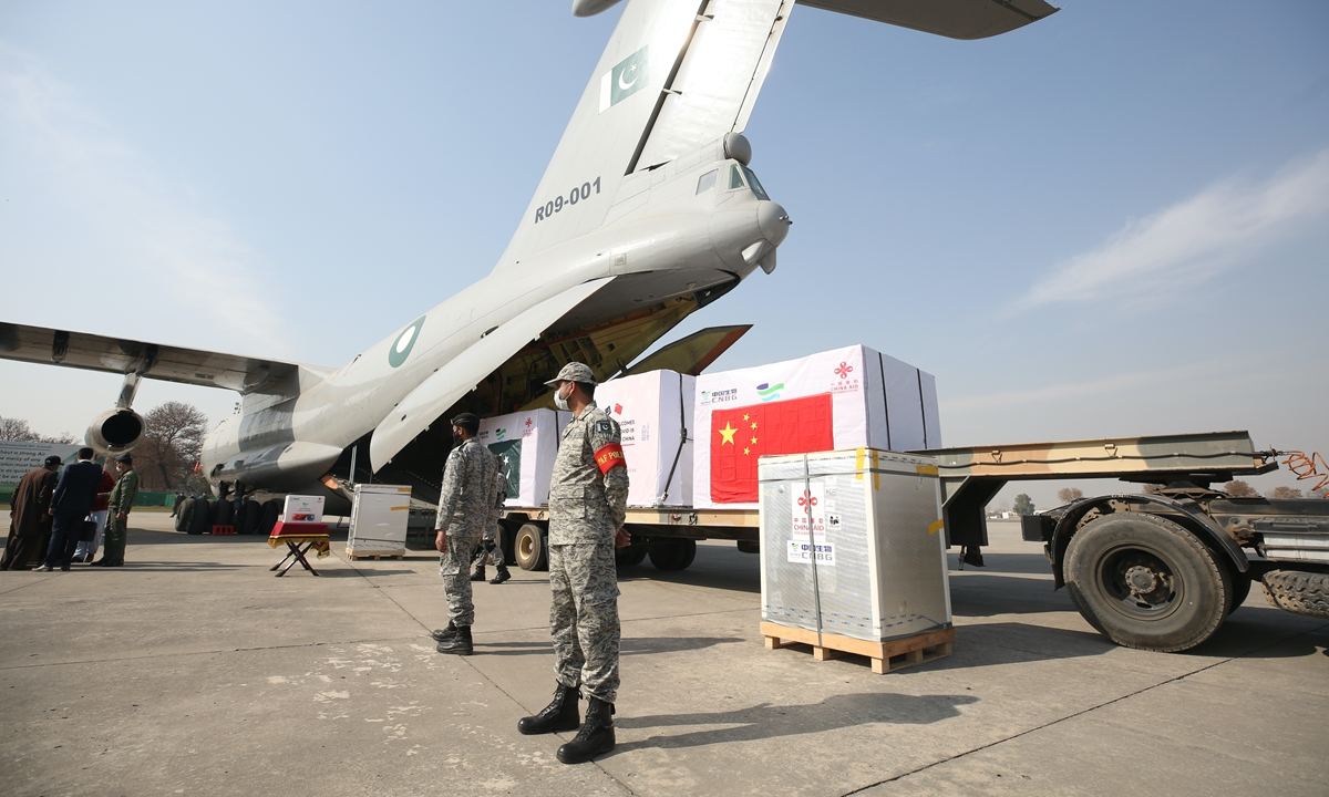 Chinese vaccines arrive in Pakistan in February. Photo: Xinhua