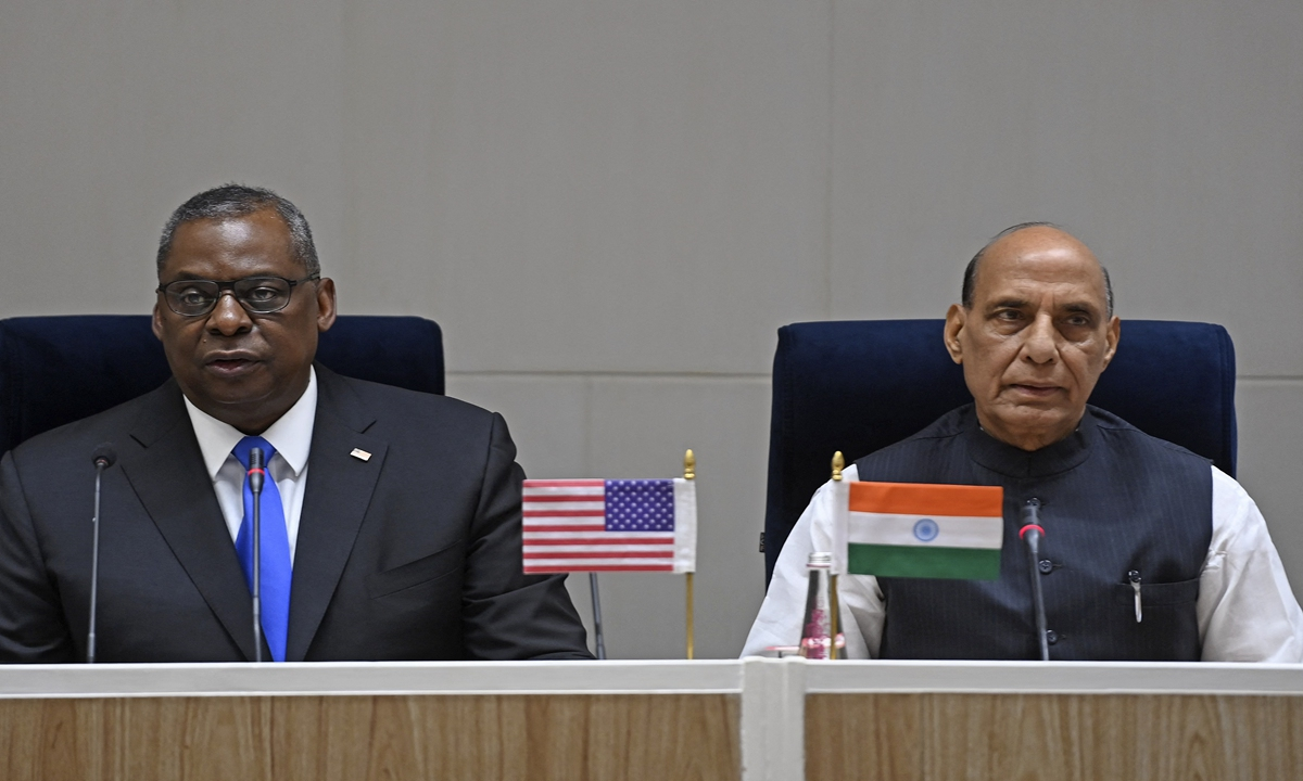 US Defense Secretary Lloyd Austin (left) and Indian Defence Minister Rajnath Singh address a joint media briefing held in New Delhi on Friday. Photo: AFP