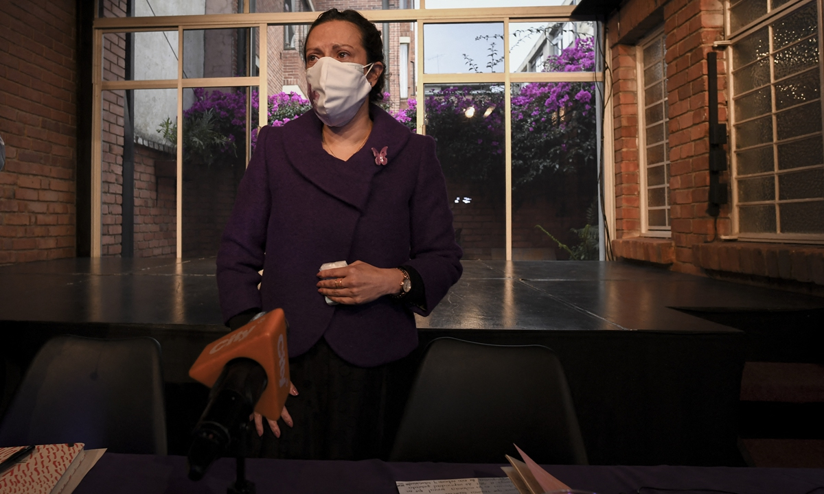 Colombian journalist Jineth Bedoya arrives for a press conference in Bogota, on March 23, 2021. Photo: AFP