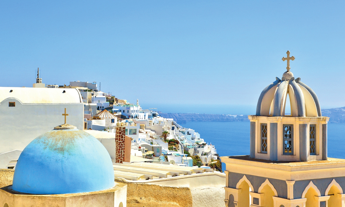 Santorini, Greece Photo: VCG