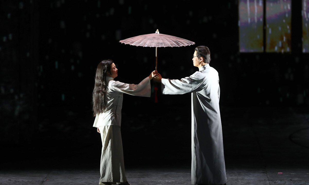 Promotional material for <em>Hero</em>, which was staged at National Centre for the Performing Arts on Wednesday night  Photos: Courtesy of Lu Xu