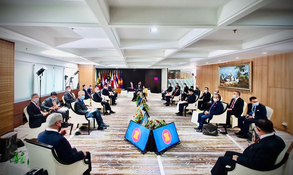 Leaders of the Association of Southeast Asian Nations (ASEAN) meet to discuss the ongoing situation in Myanmar, at the ASEAN Secretariat Building in Jakarta on Saturday. Photo: VCG