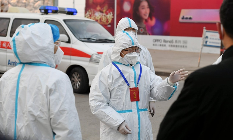 Wu Hao supervises epidemic prevention and control in Shijiazhuang, Hebei in January. Photo: Fangzhuang Community Health Service Center
