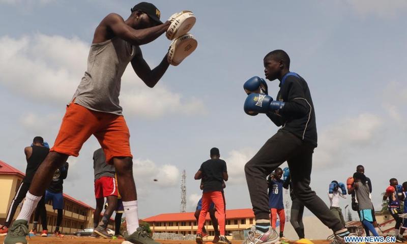 Photo taken on April 24, 2021 shows Sultan Adekoya (R, Front) in training in Lagos, Nigeria.(Photo: Xinhua)