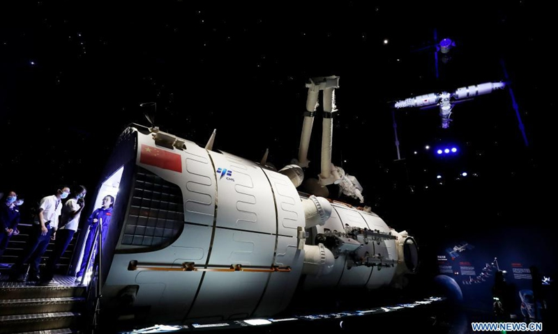 Photo shows the model of China's space station core module Tianhe displayed in Shanghai Astronomy Museum in east China's Shanghai, July 5, 2021. The Shanghai Astronomy Museum, the world's largest planetarium in terms of building scale, will open on July 17, the planetarium announced Monday. The museum is located in the China (Shanghai) Pilot Free Trade Zone Lingang Special Area. It is a branch of the Shanghai Science and Technology Museum.(Photo: Xinhua)