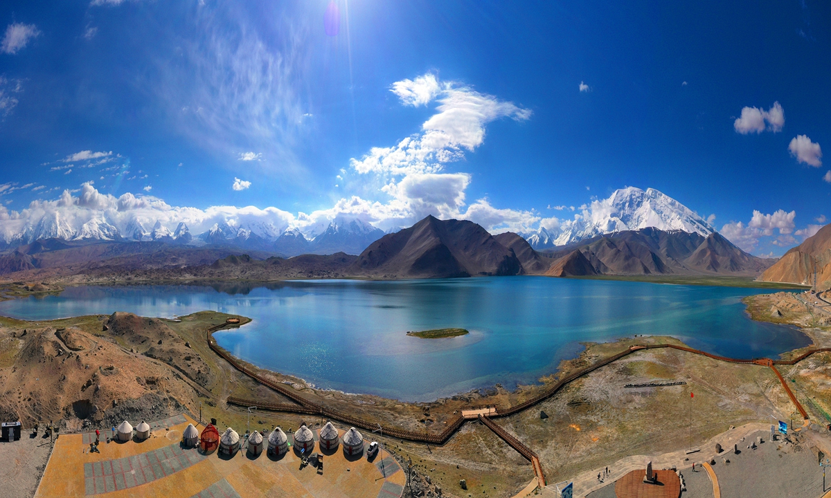 A view of the Karakul Lake on the Karakoram Highway (KKH) in Northwest China's Xinjiang Uygur Autonomous Region on June 8, 2021. The KKH is the only land route linking Pakistan with China. Photo: VCG