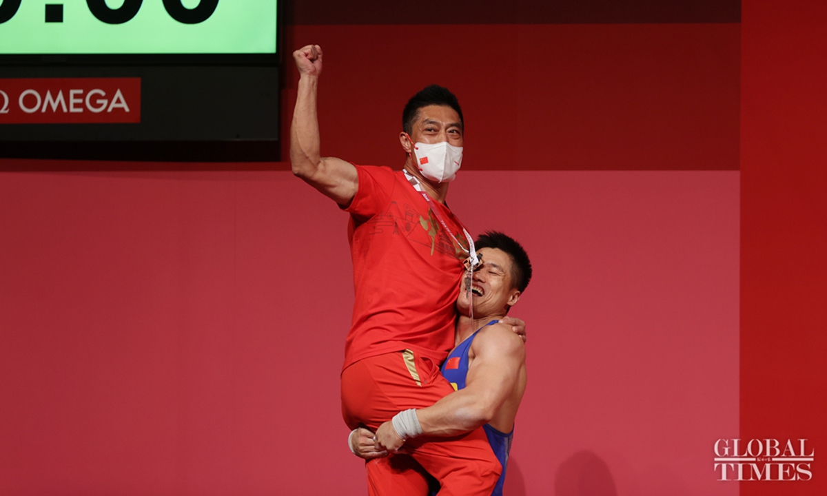 China's 37-year-old Lü XIaojun has broken the Olympics record and bagged gold in the men's 81kg weightlifting. This is the second gold on Sat for China and its 21st in total.Photo:Cui Meng/GT