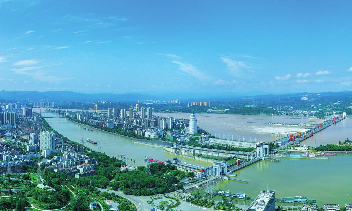 A view of floodwater being discharged from Gezhouba Dam. Photo: Wang Xubo/ Courtesy of Three Gorges Corporation