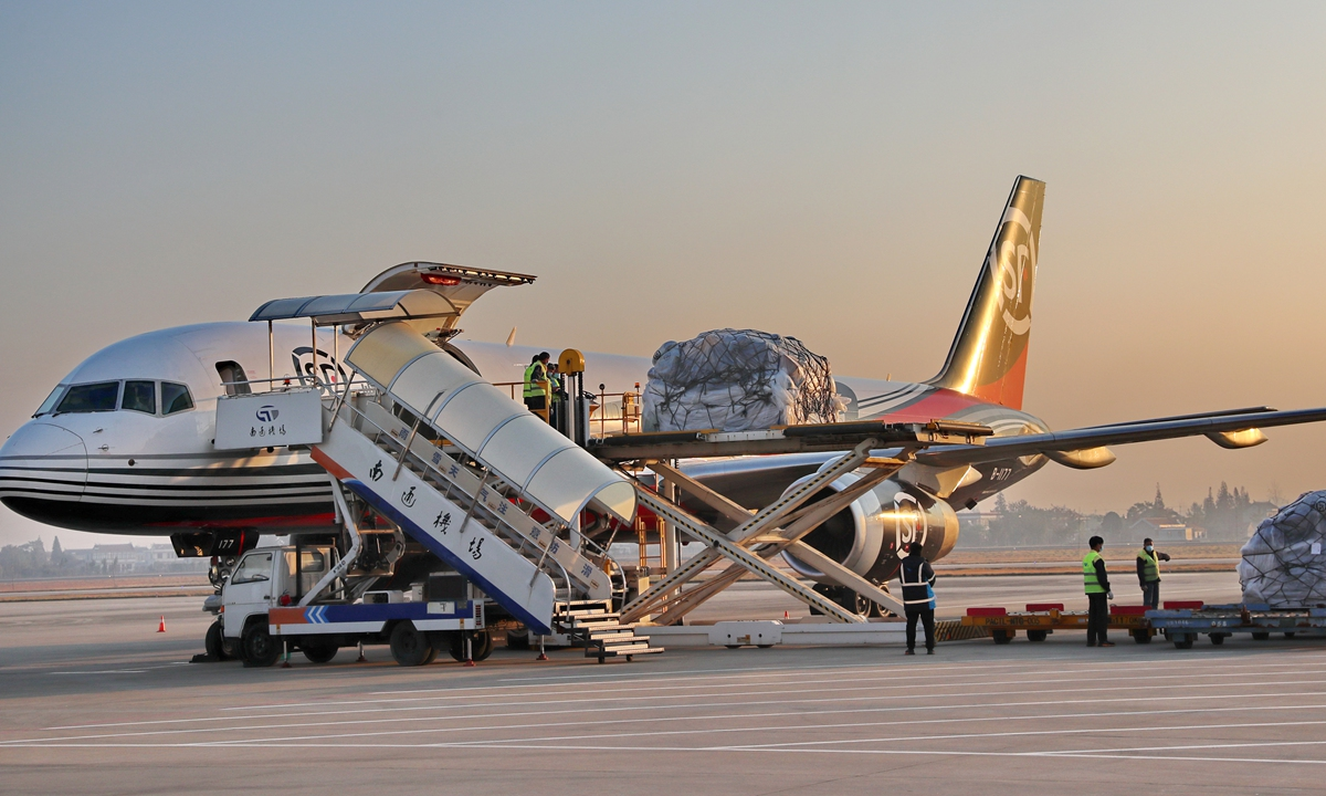 A Boeing 757 freighter loaded with cargo by SF Airlines arrives at Nantong airport in East China's Jiangsu Province. Photo: CFP